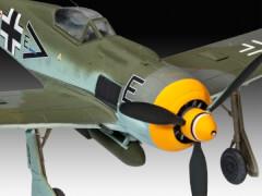 REVELL 03898 Modellbausatz Focke Wulf Fw190 F-8 1:72, ab 10 Jahre
